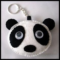 Panda llavero by SaMtRoNiKa on DeviantArt Felt Diy, Handmade Felt, Felt Crafts, Felt Christmas Decorations, Felt Christmas Ornaments, Diy Crafts For Girls, Diy Arts And Crafts, Felt Keychain, Felt Pillow