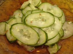 Veja a Deliciosa Receita de Receita de Salada sueca de pepino. É uma Delícia! Confira!