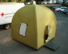 Life Cube Inflatable Emergency Shelter Sets Up in Just 5 Minutes Design Innovation, Shelter Design, Doomsday Prepping, Emergency Preparation, Emergency Supplies, Earthship, Disaster Preparedness, Natural Disasters, Survival Skills