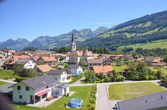 La #Svizzera vista dal finestrino di un treno, #Gruyere