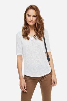 Fifty Factory Camiseta flecos escote Blanco