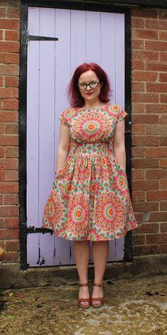 Anna with a gathered skirt – StitchTalk.com
