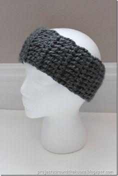 Free Crochet Ear Warmer Pattern | quick and chunky crochet ear warmer pattern | Crochet/Knit