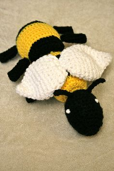 Ravelry: Honey Bee pattern by Jessi Brown