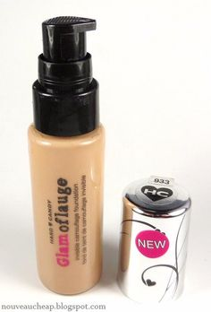 Nouveau Cheap: Review: Hard Candy Glamoflauge Invisible Camouflage Foundation