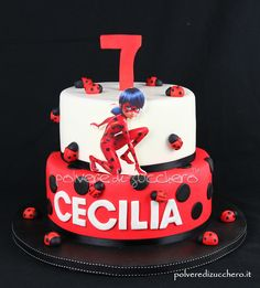 Cake decorated in sugar paste for the birthday of a girl with a Ladybu theme … – Lace Wedding Cake Ideas Blaze Birthday Cake, Birthday Cakes, Miraculous Ladybug Party, Ladybug Cakes, Sugar Cake, Cake Tutorial, Fondant Cakes, Cake Decorating, Waffle Waffle
