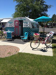 """Building Our History: A dream realized """"Dottie"""" Our 1957 vintage canned ham camp trailer"""