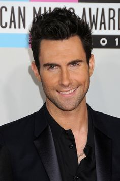 adam levine - has a fine smile! <3