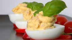 Sonkás-tormás krémmel töltött tojás Recept képpel - Mindmegette.hu - Receptek Quiche Muffins, Easter Holidays, Cauliflower, Dairy, Salad, Cheese, Vegetables, Food, Culture