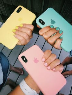 I'm obssesed with my phone. I can't go a day with out it. I use snap cha - Blue Iphone 8 Case - Ideas of Blue Iphone 8 Case. - I'm obssesed with my phone. I can't go a day with out it. I use snap chat the most. Diy Iphone Case, Iphone 4, Coque Iphone, Iphone Phone Cases, Free Iphone, Silicone Iphone Cases, Cell Phone Covers, Cute Cases, Cute Phone Cases