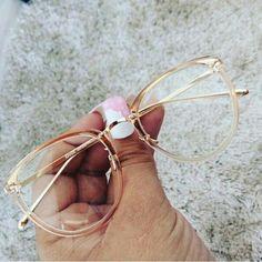 - Super Glasses Frames Trendy Eyeglasses Ideas – Super Glasses Frames Trendy Eyeglasses Id - Super Glasses, Fake Glasses, New Glasses, Round Lens Sunglasses, Cute Sunglasses, Sunglasses Women, Sunnies, Glasses Frames Trendy