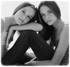 Lovely pose for sisters or friends