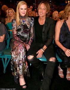 She looks Dead Calm: Nicole Kidman looked relaxed as she sat with country star husband Keith Urban