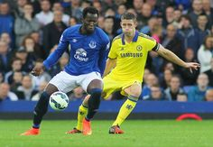 Gary Cahill or Kurt Zouma? Who will be able to shackle Everton's Romelu Lukaku better? - http://www.squawka.com/news/gary-cahill-or-kurt-zouma-who-will-be-able-to-shackle-romelu-lukaku-better/297218#KkfXxUz8TEKSbwxy.99 #Chelsea #CFC #Zouma #Cahill #Terry #Analysis