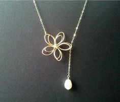 Flower with White Pearl Lariat Necklace, Flower pendant, Pearl charm Necklace, wedding jewerly, mother's day gift