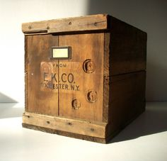 Vintage Wood Box or Crate / EK CO Rochester NY / by urgestudio,