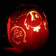 """Angry Birds"" Pumpkin Carving"