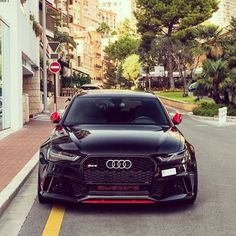 Yeah or nay? Red contrast on black -- #Audi #RS6 in #Monaco photo @luxcarspotter ---- oooo #audidriven - what else ---- #AudiRS6 #RS6Avant #quattro #4rings #drivenbyvorsprung #audirings #blackRS6 #blackaudi #montecarlo