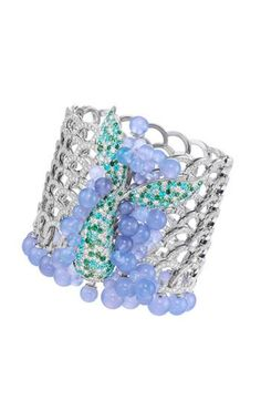 Best Diamond Bracelets : Disney and Chopard come together to make magical jewellery - Fashion Inspire High Jewelry, Jewelry Art, Jewelry Accessories, Jewelry Design, Fashion Jewelry, Jewellery, Lotus Jewelry, Pandora Jewelry, Vintage Jewelry
