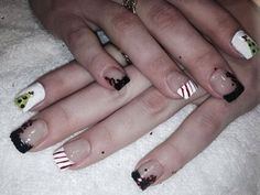 My first set of Christmas nails 2013 by Maritza