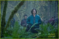 "The 100 -- ""Pilot"" -- Image: -- Pictured (L-R): Chris Larkin as Monty and Thomas McDonell as Finn -- Photo: Cate Cameron/The CW -- © 2014 The CW Network. All Rights Reserved. The 100 Tv Series, The 100 Serie, The 100 Cast, Chris Larkin, The 100 Season 1, Thomas Mcdonell, Marie Avgeropoulos, Casting Pics, Series Premiere"
