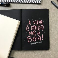 A vida é doidinha de pedra, as vezes da até uns susto. Mas ó, se tem uma coisa que ela é, é boa ✨. #marquestalita (at São Paulo, Brazil) More Than Words, Some Words, Frases Tumblr, Little Bit, Lettering Tutorial, Some Quotes, Brush Lettering, Lettering Ideas, Bullet Journal Inspiration
