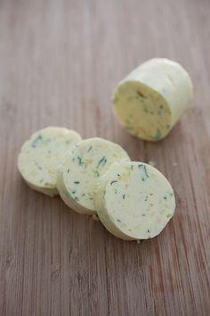 Homemade Garlic Herb Butter Recipe. So easy to make and you can use it for so many everyday recipes! http://rasamalaysia.com | #garlic #butter