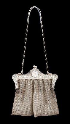 20s Fashion, Fashion History, Art Deco Fashion, Fashion Bags, Vintage Fashion, Fashion Plates, Victorian Fashion, Vintage Purses, Vintage Bags