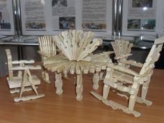 Стол, стулья исалфетница, мебель дляверанды изприщепок. поделки изприщепок