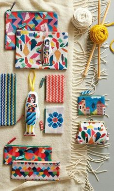TEXTILES - cloth items like tapestries, clothing, purses, etc. Do It Yourself Mode, Mexican Pattern, Diy And Crafts, Arts And Crafts, Surface Pattern Design, Textile Art, Print Patterns, Needlework, Sewing Projects