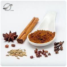 Las cinco especias chinas es una mezcla de especias muy refrescante, exótica, única e intensa, la cual transforma los platos en toda una aventura de sabores.