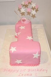 fit for a princess - number one girls birthday cake by Classic Cakes