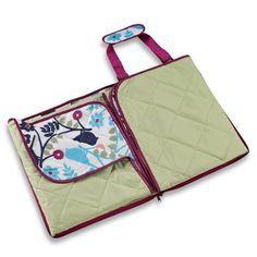 Indoor/outdoor blanket - would be nice for picnics Indoor Outdoor, Outdoor Stuff, Home Goods, Outdoor Blanket, Bird, Geneva, Picnics, Blankets, Travel