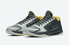 Kobe Sneakers, Green Sneakers, Shoes Sneakers, Nike Kobe, Nike Zoom Kobe, Sneaker Bar, Nike Fashion, Vintage Nike, Kobe Bryant