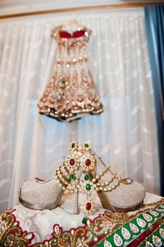 Glittering wedding pumps for the bride! Bridal Poses, Bridal Photoshoot, Bridal Shoot, Wedding Shoot, Wedding Ideas, Bridal Portraits, Wedding Couples, Wedding Pictures, Wedding Ceremony
