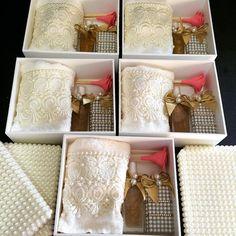 Kits para lembranças.#difusor #sabonete #handSoap #toalhabordada #toalha #caixa #caixapersonalizada - atelie_marivenancio