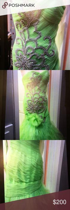 Mac  Duggal size 4 mint mermaid dress Mint green mermaid Mac Duggal dress. Beaded design on front. Size 4. mac duggal Dresses Prom