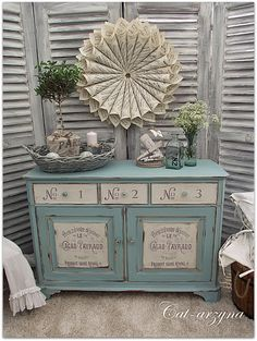 Beautiful blue and cream painted dresser from {Cat-arzyna} #VintageStorehouseStyle #BluePaintedDresser