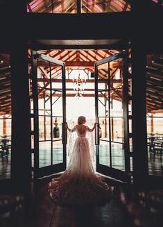 Cute Wedding Ideas, Wedding Pictures, Wedding Inspiration, Wedding Poses, Wedding Venues, Wedding Bells, Wedding Day, You Are My Moon, Dream Wedding Dresses