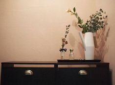 집안에 복을 부르는 봄맞이 풍수인테리어 요령 15개 Vanity, Dressing Tables, Powder Room, Makeup Dresser, Mirror, Powder Room Vanity