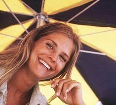 """caraiva. on Instagram: """"Summertime #candicebergen#weekend#sunnyday#caraivainsta#caraivajewels#"""" Candice Bergen, Beautiful People, Beautiful Women, 60s And 70s Fashion, Old Movie Stars, Canadian Actresses, Model Face, Face Expressions, Female Stars"""