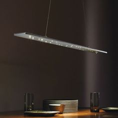 Let the Parallax Linear Suspension light's minimalistic appearance update your modern home. http://www.ylighting.com/blog/top-10-tech-lighting/