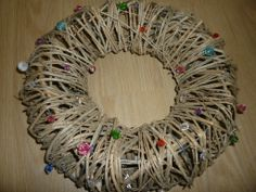 Wreath. Ovikranssi. Dreadlocks, Wreaths, Hair Styles, Diy, Beauty, Hair Plait Styles, Door Wreaths, Bricolage, Hair Makeup