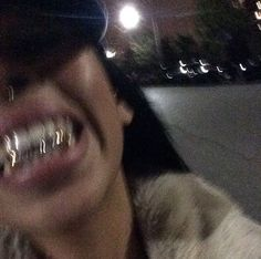 girls with grills grillz diamonds \ girls with grills girls with grills grillz girls with grills gold girls with grills aesthetic girls with grills grillz diamonds girls with grills teeth girls with grills teeth diamonds Badass Aesthetic, Boujee Aesthetic, Black Girl Aesthetic, Aesthetic Grunge, Aesthetic Photo, Aesthetic Pictures, Estilo Gangster, Gangster Girl, Girl Grillz