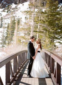 winter snow wedding
