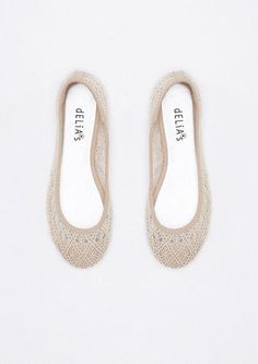 Round Toe Natural Lace Ballet - a