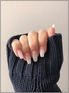 Ombr Sparkle Coffin Nails Today Pin - Ombré sparkle coffin nails – – design… Informations About Ombr funkeln Sargnägel Tod - Coffin Nails Glitter, Aycrlic Nails, Cute Nails, Pretty Nails, Prom Nails, Stiletto Nails, Glitter Ombre Nails, White Sparkle Nails, Homecoming Nails