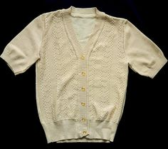 Vintage classic short sleeves cardigan pullover beige buttons