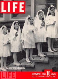 First Communion - TIC: los gestos de las niñas se parecen a las caras que hace Emma. haha
