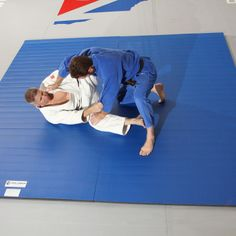 I want one of these. Flexi-Roll® Home Mat